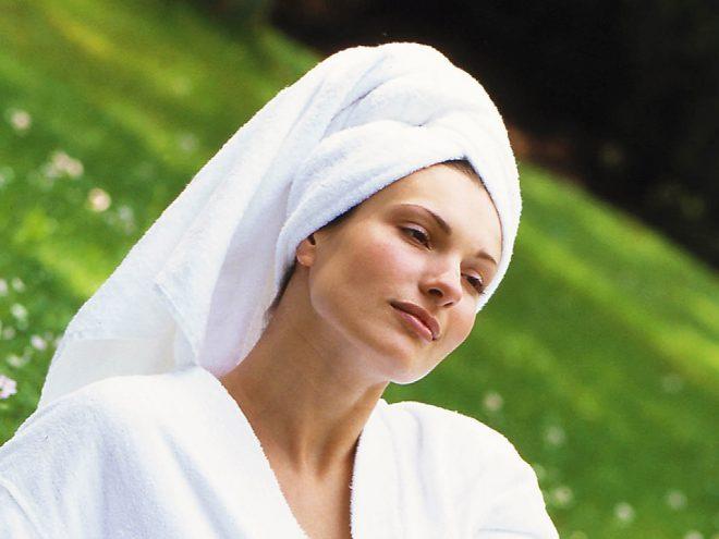 Ayurvedische Gesichtsmaske mit Kaki | Ayurveda Parkschlösschen Health Blog