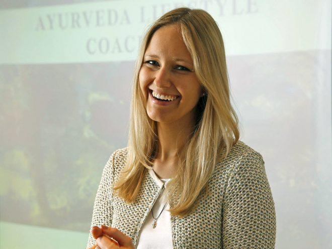 Lachyoga Übung: 4-Stufen-Lachen | Ayurveda Parkschlösschen Health Blog