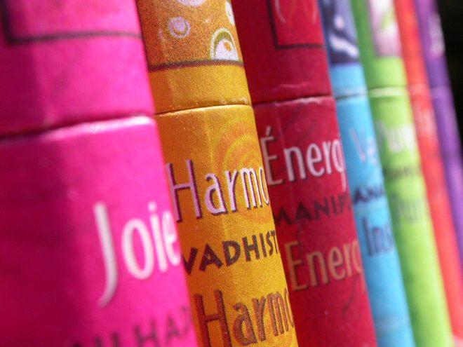 Ayurveda Empfehlungen für die Doshas: Farben, Düfte, Schmuck| Ayurveda Parkschlösschen Health Blog