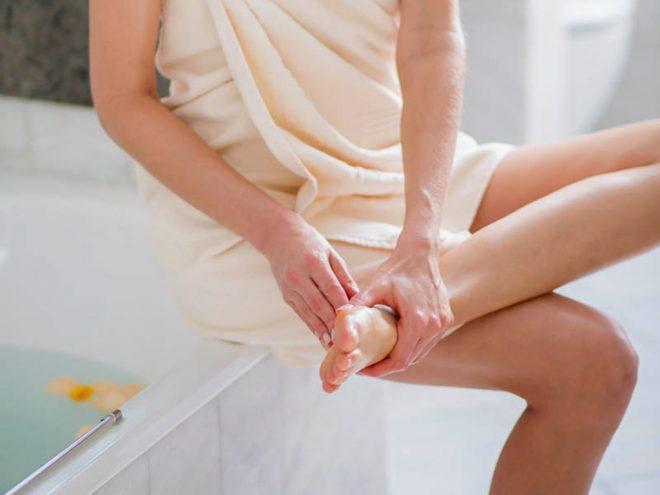 Ayurvedische Selbstmassage bei Stress | Ayurveda Parkschlösschen Health Blog