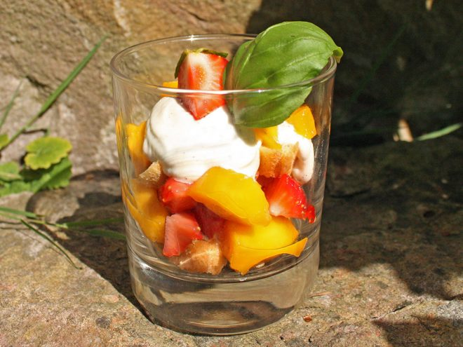 Ayurveda Rezept: Erdbeer-Mango-Tiramisu | Ayurveda Parkschlösschen Health Blog