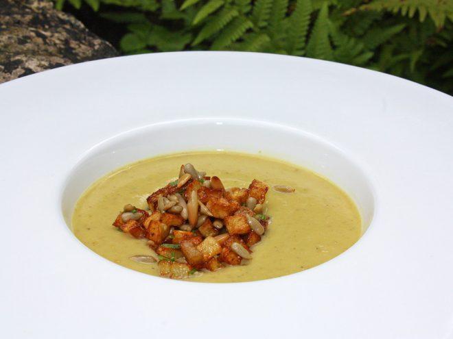 Ayurveda Rezept: Blumenkohl-Fenchel-Suppe mit Kartoffel-Kerne-Mischung | Ayurveda Parkschlösschen Health Blog