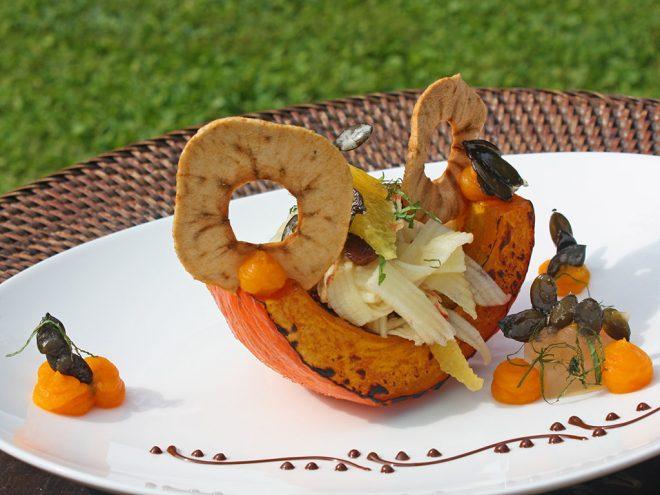 Ayurveda Rezept: Gebackene Kürbisspalten mit Apfelsalat | Ayurveda Parkschlösschen Health Blog