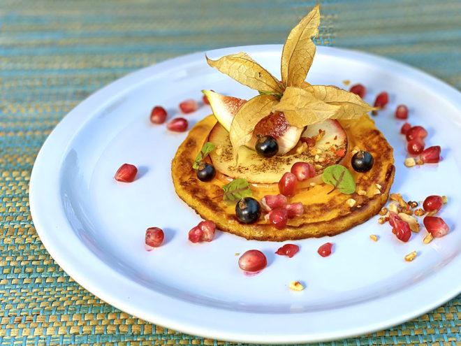 Süßkartoffel Pancakes mit Äpfeln und Reissahne | Ayurveda Rezept | Ayurveda Parkschlösschen Health Blog
